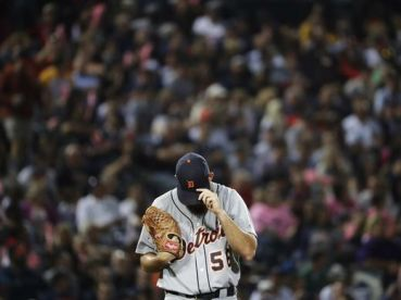 636109671723164864-ap-tigers-braves-baseball-ga-6